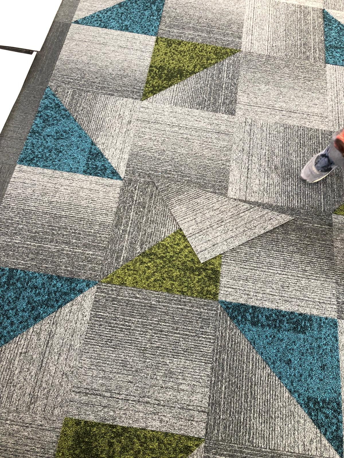 Carpet tiles to offices
